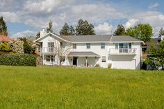 Downtown home with views of open land and the Sonoma hills!