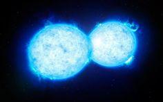 Questa rappresentazione artistica mostra VFTS 352 - la stella doppia più calda e più massiccia in cui le due componenti sono così vicine da toccarsi e condividere parte della loro materia. Le due stelle in questo sistema estremo si trovano a circa 160 000 anni luce dalla Terra, nella Grande Nube di Magellano, e sono destinate con alta probabilità a una fine drammatica, con la formazione di un'unica stella mostruosamente grande o di un buco nero binario.