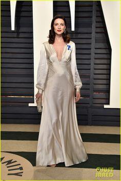 Outlander's Sam Heughan & Caitriona Balfe Look Amazing for Vanity Fair Oscars Party 2017!