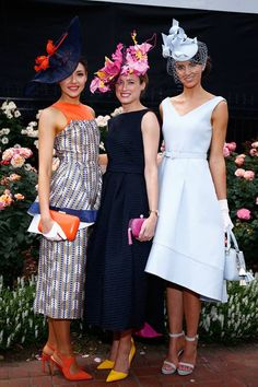 Emily Hunter (Centre, pink and yellow flower crown by Lisa Schaefer Millinery) has been named the winner of the Melbourne Cup's Myer FOTF summer outfits Kentucky Derby Outfit, Derby Attire, Kentucky Derby Fashion, Race Day Outfits, Derby Outfits, Races Outfit, Horse Race Outfit, Melbourne Cup Fashion, Melbourne Cup Dresses