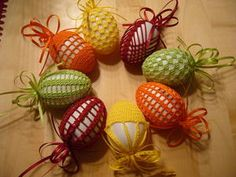 Contribution to Easter, decoration, handwork, Ried im Oberinntal, handwork … - Ostern Easter Crochet Patterns, Crochet Kids Hats, Doily Patterns, Crochet Motif, Passover And Easter, Holiday Crochet, Crochet Home Decor, Egg Art, Easter Crafts For Kids