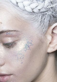 #Glitter #sparkle stopdropandvogue:  Makeup at Moncler Gamme Rouge Fall/Winter 2013