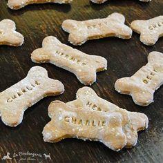 Biscuits avec le nom de chien Beurre de Cacahuète   Cadeau pour chien #lbpc