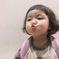 Cute Little Baby Girl, Cute Baby Girl Pictures, Little Babies, Cute Asian Babies, Korean Babies, Cute Babies, Asian Kids, Cute Chinese Baby, Chinese Babies