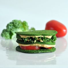 spinach pancake sandwich - pancakes as bread!!