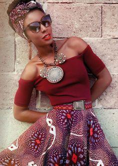 """""""Banana Top blood"""" und """"Zambia Skirt lilac dahlia"""" ✰ www.lenahoschek.com ✰ #afrochic #africanprint"""