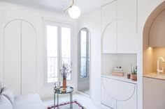 Parisian architects, Batiik Studio, however, have managed to create one spectacular home design out of just 118 square feet by outfitting the entire space with transforming furniture. Studio Apartments, Paris Apartments, Small Apartments, Small Spaces, Micro Apartment, Small Apartment Design, Apartment Living, Architectural Digest, Transforming Furniture