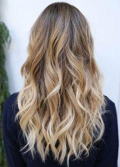 A melhor forma de clarear seus cabelos                                                                                                                                                                                 More