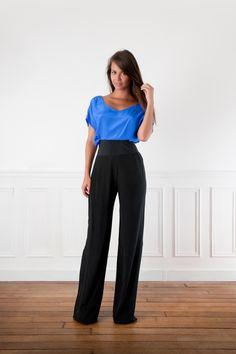 Pantalon pour la combinaison.  Vue devant Trop long ?