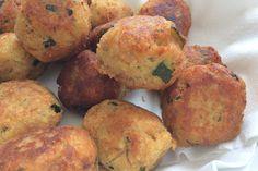 Le polpette tonno e zucchine sono un secondo piatto facile da preparare e molto originale da servire ai propri ospiti. Ecco la ricetta