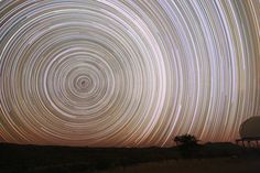Today we bring you an enticing article about long exposure photography. Long exposure photography is a technique in which a camera's shutter is left ope Exposure Photography, Light Photography, Photography Ideas, Beginner Photography, Shutter Photography, Creative Photography, Long Exposure Photos, Exposure Time, Star Trails
