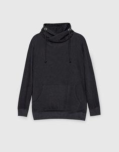 Pull&Bear - homem - vestuário - sweatshirts - casaco básico com capuz - preto - 09590509-I2016