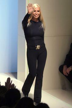Стиль Донателлы Версаче 1990-х годов   Мода   Новости   VOGUE
