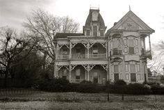 Forlorn opulence - the Knox house in Pine Bluff, Arkansas. photo by Riverdent on reddit - Built in 1885 by Col. Richard Morris Knox, a Confederate Colonel and Pine Bluff businessman. The house was owned by the Knox Family until the 1990's but significant resources will be needed to rehabilitate this derelict Victorian.