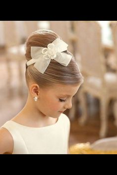 50 First Communion Hairstyles Ideas Nis 2017 admin Kurzhaar Frisuren 0 Both boys and girls should feel spoiled on such an important day and an . Cute Little Girl Hairstyles, Flower Girl Hairstyles, Cute Hairstyles, Teenage Hairstyles, Little Girl Updo, Hairstyle Ideas, Updos For Little Girls, Beautiful Hairstyles, Little Girl Wedding Hairstyles