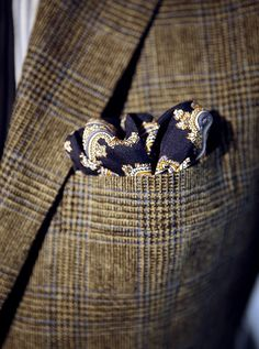Great autumn style #pocketsquare #A/W #Autumn #Wool #Tweed