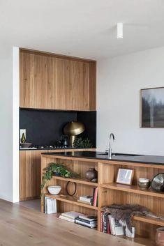 Kitchen Interior, New Kitchen, Kitchen Decor, Interior Architecture, Interior Design, Mid Century Modern Kitchen, Cuisines Design, Küchen Design, Modern Kitchen Design