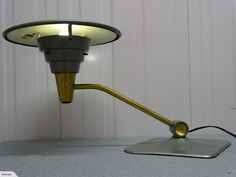 A Very Cool Dazor UFO Modernist 1950's Lamp | Trade Me