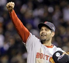 Mike Lowell my favorite Red Sox player...miss seeing him play