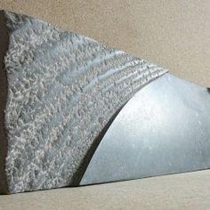 Opwelling 2008, Belgisch hardsteen (25x75x4) Verkocht. Utrecht, Sculpture Art, Statues, Artists, Doors, Kettle, Effigy, Artist, Gate