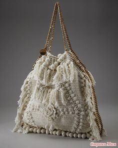 "New Cheap Bags. The location where building and construction meets style, beaded crochet is the act of using beads to decorate crocheted products. ""Crochet"" is derived fro Crotchet Bags, Knitted Bags, Vanessa Montoro, Crochet Handbags, Crochet Purses, Crochet Tote, Love Crochet, Bead Crochet, Crochet Bags"