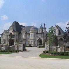 Gated Mansion Pinterest: @entmillionaire