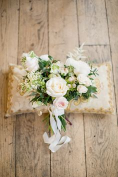 A sundrenched natural light winter wedding at Castle Durrow with a black tie theme. Spring Wedding Inspiration, Natural Light, Summer Wedding, Floral Wreath, Castle, Brosnan, Table Decorations, Beautiful Bouquets, Ideas