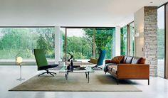 Living room design ideas: retro pieces and office furniture