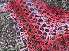 crochet pdf pattern - Happy Shawlette - beginner friendly