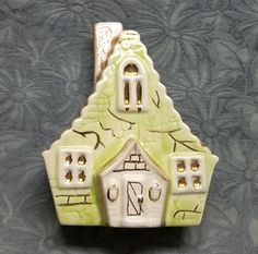 Vintage Wall Pocket...Figural Cottage Country