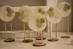 Easter is coming! - DIY craft ideas Easter is coming! Sheep Crafts, Felt Crafts, Wood Crafts, Easter Crafts, Diy And Crafts, Crafts For Kids, Easter Ideas, Spring Crafts, Holiday Crafts