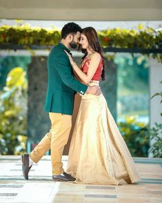Indian Wedding Couple Photography, Wedding Couple Poses Photography, Couple Photoshoot Poses, Bridal Photography, Couple Shoot, Couple Wedding Dress, Wedding Couple Pictures, Pre Wedding Poses, Pre Wedding Photoshoot