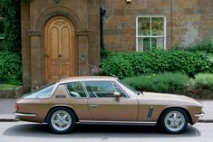 Jensen International Automotive - Interceptor R Classic European Cars, Old Classic Cars, Jensen Interceptor, Maserati Ghibli, British Sports Cars, Classy Cars, Gt Cars, Classic Motors, Vintage Cars