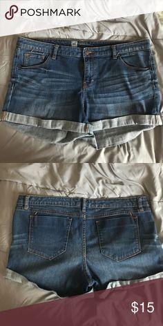 Jean Shorts Mossimo Jean Shorts great condition Mossimo Supply Co. Shorts Jean Shorts