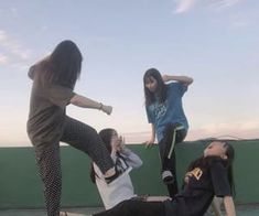 Images and videos of ulzzang friends Crazy Friends, Cute Friends, Ulzzang Couple, Ulzzang Boy, Korean Best Friends, 4 Best Friends, Friends Image, Bff Pictures, Best Friend Pictures