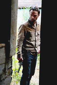 Rick Grimes - Andrew Lincoln, The Walking Dead. Walking Dead Quotes, Walking Dead Tv Show, Walking Dead Season, Fear The Walking Dead, Andrew Lincoln, Best Tv Shows, Best Shows Ever, Rick Grimes Season 1, Ricky Dicky