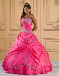 Google Image Result for http://www.demersbanquethall.com/wp-content/uploads/2010/11/fusia-turquoise-and-silver-quinceanera-dress.jpg