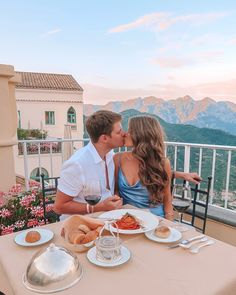 Today's travel guide is from the last stop on our honeymoon: Italy! We decided to add the Amalfi Coast onto ou. Honeymoon Pictures, Honeymoon Places, Best Honeymoon, Travel Pictures, Italy Honeymoon, Relationship Goals Pictures, Cute Relationships, Cute Couples Goals, Couple Goals