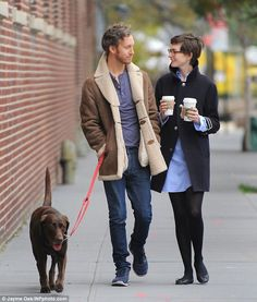 Anne Hathaway and her husband.