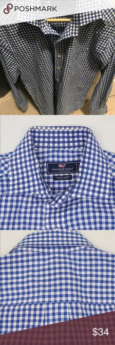Men's Vineyard Vines Blue/White Gingham Size M Pre-owned Men's Medium Blue/White Gingham Cooper shirt. In great condition with no stains or tears. Vineyard Vines Shirts Casual Button Down Shirts