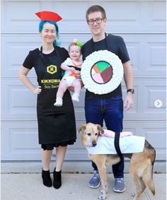 DIY Halloween Costumes 2020 - C.R.A.F.T. Best Diy Halloween Costumes, Clever Costumes, Food Costumes, Halloween Party Themes, Game Costumes, Pregnancy Costumes, Diy Couples Costumes, Family Costumes, Diy Costumes