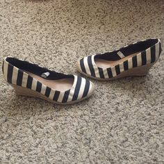 Wedge heels Selling a pair of dark navy blue and off white wedges. Feel free to ask questions, posh on! Merona Shoes Wedges