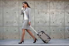 Tips for Traveling Working Moms~Make the business of travel easier on you and your kids Working Mother, Working Moms, Business Travel, Business Women, Business Tips, Business Woman Successful, Last Minute Travel, Vacation Deals, Packing Tips