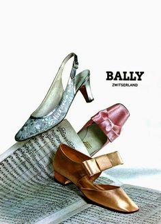 Vintage Shoes by Bally 1967 60s Shoes, Shoes Ads, Sock Shoes, Shoe Boots, Mode Vintage, Vintage Shoes, Vintage Outfits, Vintage Clothing, Ringo Starr