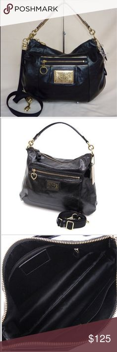 Coach Poppy Liquid Gloss Hobo Only used a few times, no flaws at all. Has both long and short strap. **is missing the coach keychain. Measure 13in x 14in. Coach Bags Crossbody Bags