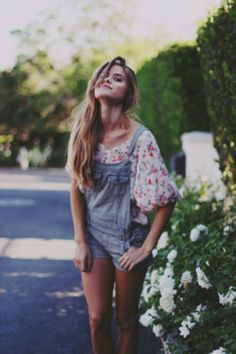 dungarees and floral top