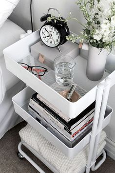 Nice Brilliant Dorm Room Organization Ideas On A Budget. The best way to start any dorm room decorating project is to select a quality comforter that not only reflects … Dorm Room Storage, Dorm Room Organization, Small Room Storage Ideas, Small Bedroom Ideas On A Budget, Organizing Dorm Rooms, Organization Ideas For Bedrooms, Adult Room Ideas, Bedroom Ideas For Small Rooms For Adults, Ikea Room Ideas