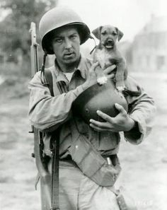 WWII-B-amp-W-Photo-US-Soldier-and-Dog-M1-Garand-US-Army-WW2-World-War-Two-1146