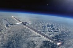 Электросамолет SolarStratos совершил первый полет https://joinfo.ua/curious/1205807_Elektrosamolet-SolarStratos-sovershil-perviy-polet.html