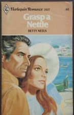 Vintage Harlequin Romance, 2127, Grasp A Nettle, Betty Neels